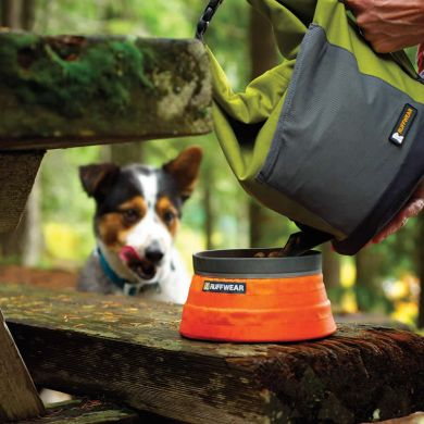 thumb_ruffwear_kibble_kaddie_portable_dog_food_bag_adaptiveResize_390_390.jpg