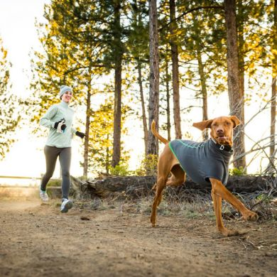 thumb_Ruffwear-Climate-Changer-Dog-Coat-Running_adaptiveResize_390_390.jpg